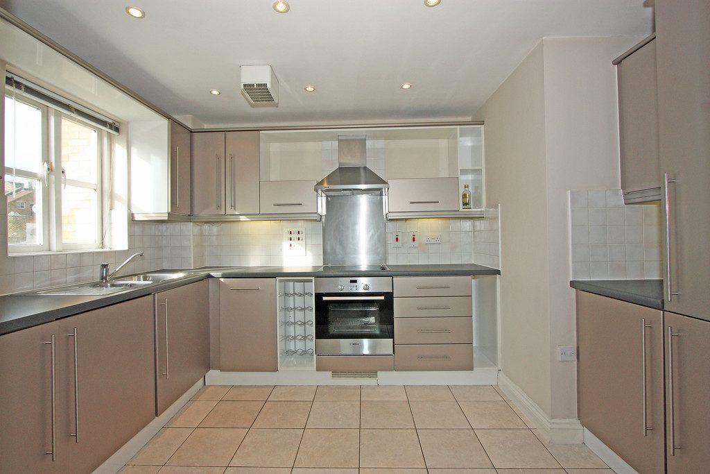 Kitchen 1-20 Draymans Court SW9