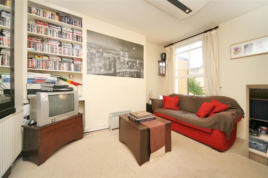 Comyn Lounge 1