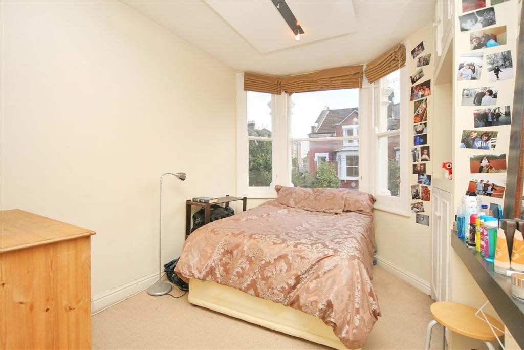 Comyn Bedroom 1