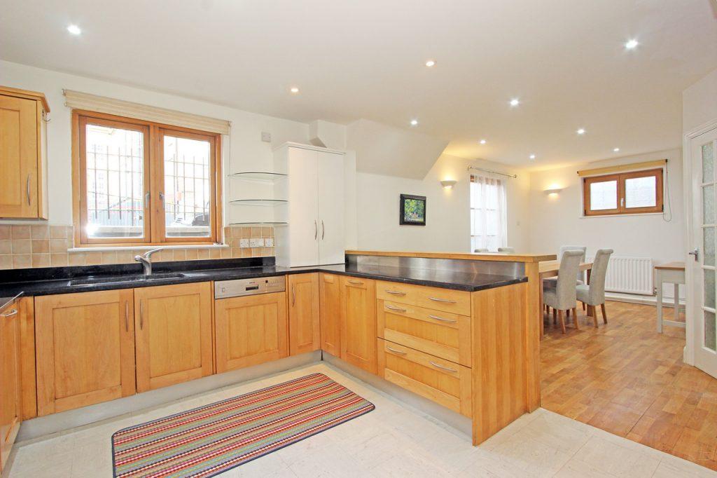 1 Lockington Rd SW8 Kitchen