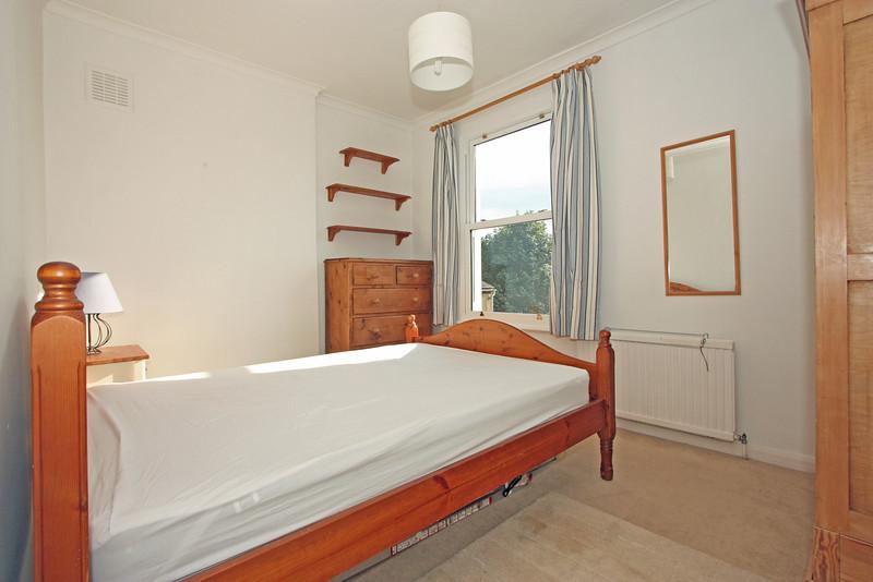 28 Sisters Avenue Bedroom 2