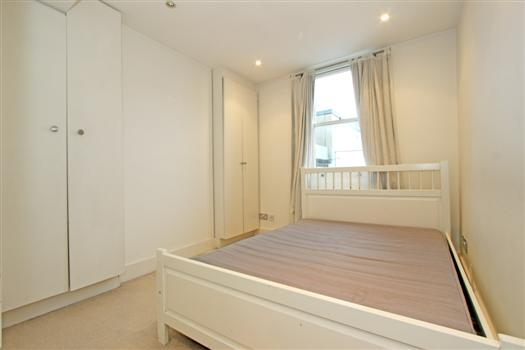 clapham manor 144 bedroom 2
