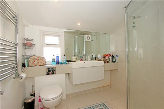 bathroom-60b Sistova Road SW12