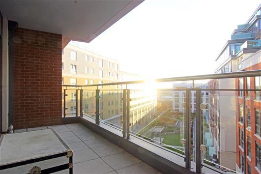 balcony-122-doulton house sw6