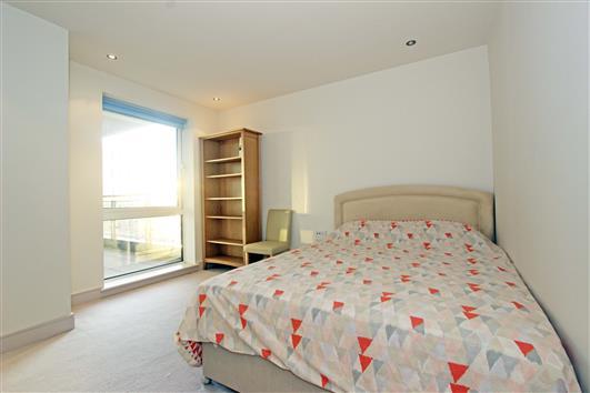 bedroom-1b-122-doulton house sw6