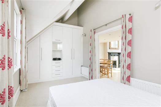 62 Schubert Rd bed2