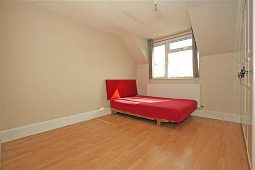 77 Fawcett Close bedroom