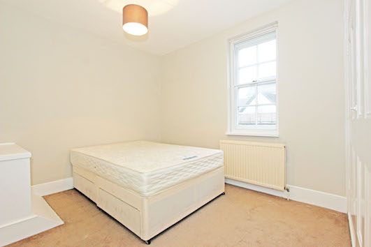 Bedroom 334a Garratt Lane SW18