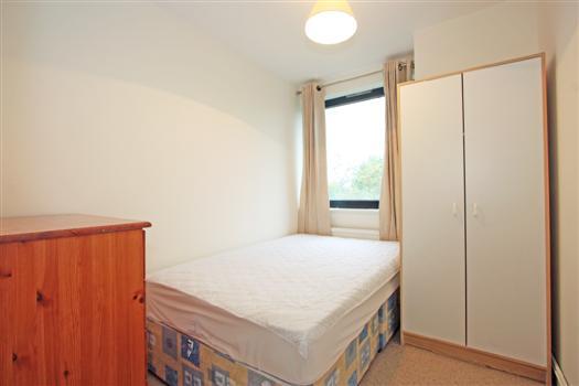bedroom 3 – ericcson close SW18