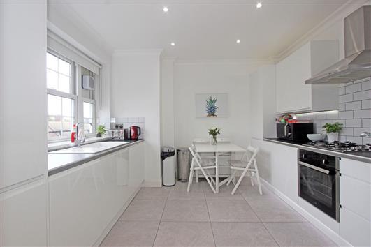 Kitchen 13 Brady House SW4 (Custom)