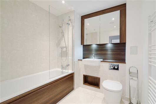 Rutherford House, Battersea – Bathroom