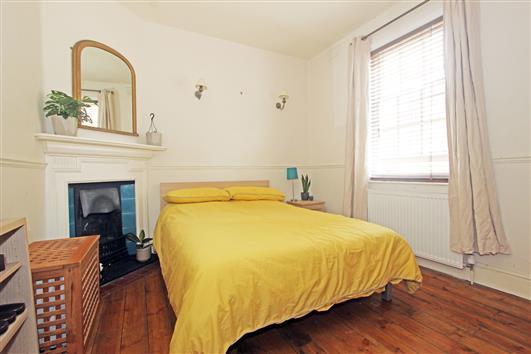 Bedroom 2 Denny Street – SE11