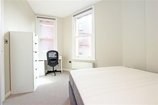 Flat 1 27 Effie Rd Bedroom a