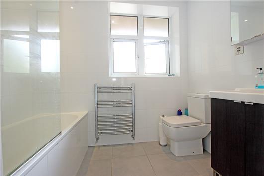 Bathroom 12D Spencer Park