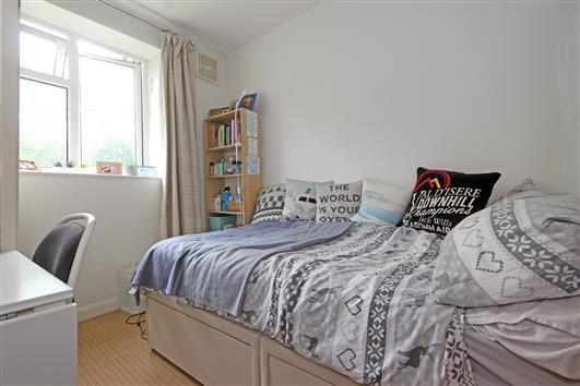 Bedroom 3 12D Spencer Park